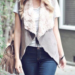 Onetheland Faux Shearling Sleeveless Vest in Taupe